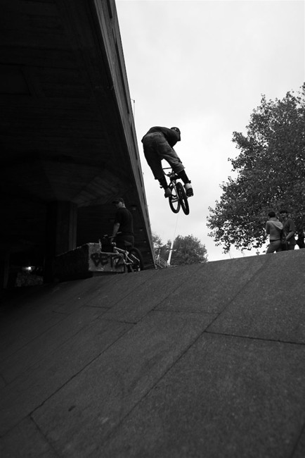 BMX-and-Skateboarders-on-the-South-Bank-4.jpg
