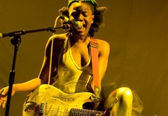 The Noisettes at Wembley